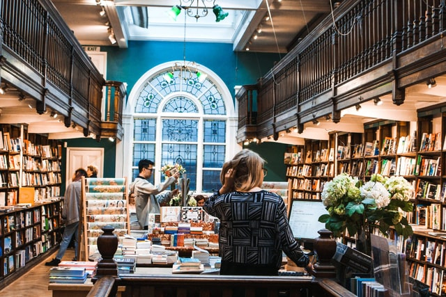 #Giveaway4Good Week 2 Challenge: Why Supporting Independent Bookstores is an Investment in Your Writing Career